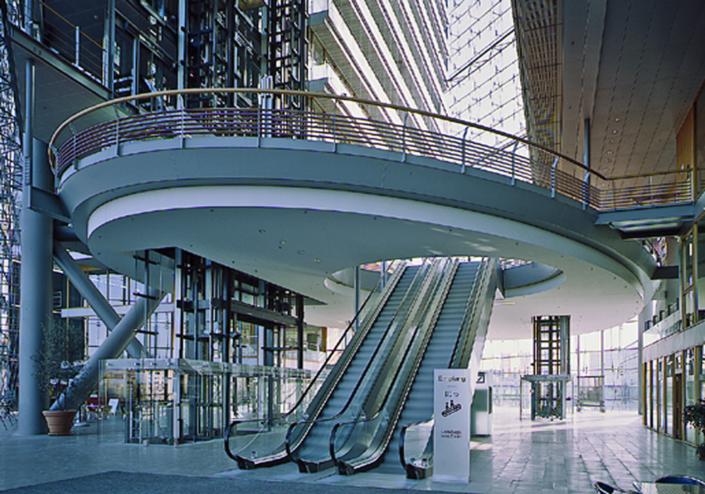 Industriefotografie und Architekturfotografie, Treppe und Ebene im Landtag NRW