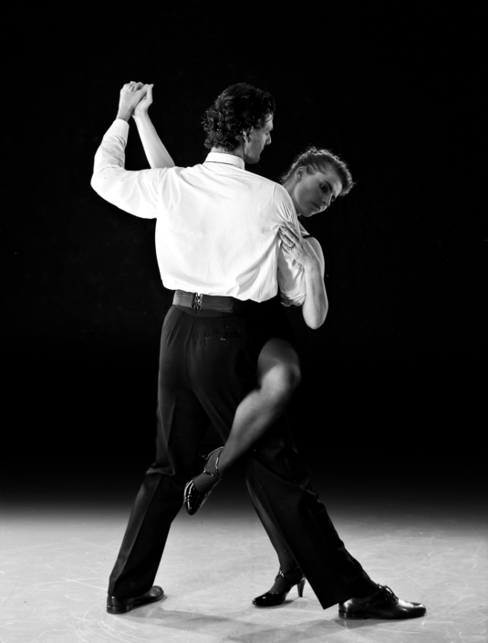 Paar in Tango Argentino Pose