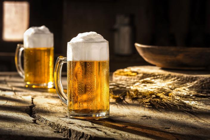 Bier mit Brotzeit